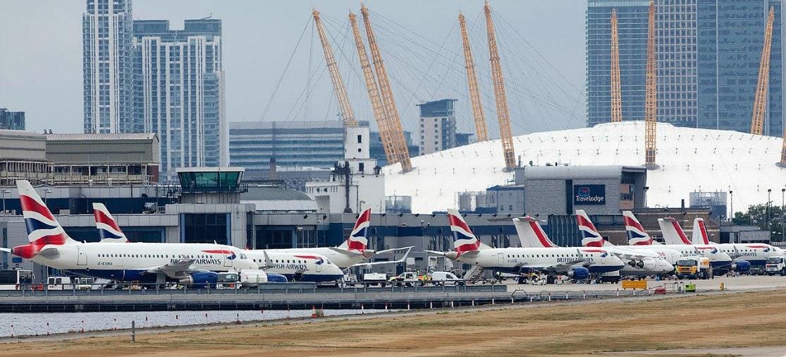 Londen City Airport ligt van alle Londense luchthavens het dichtst bij het centrum