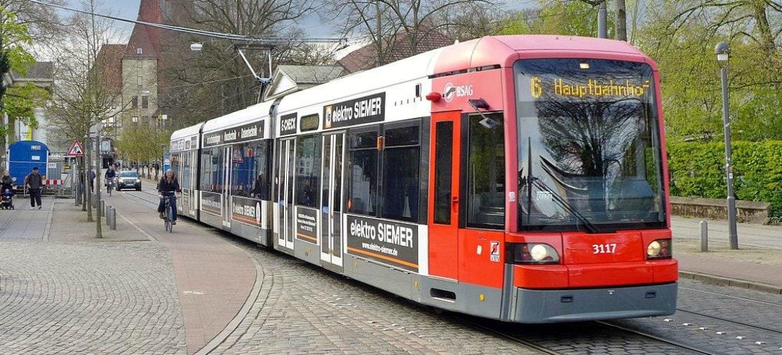 Tram 6 Bremen Airport