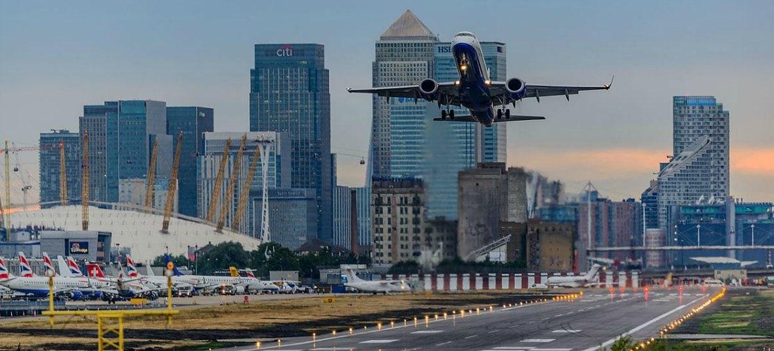 Goedkoop vliegen via een Londense luchthaven