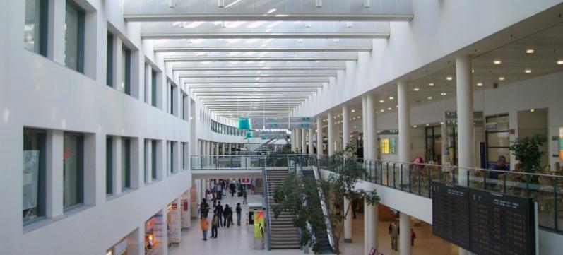 Bremen Airport terminal binnenzijde
