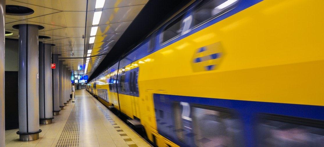 Trein op Station Schiphol
